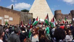 25 aprile Piramide