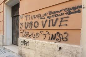 Ugo vive scritta muro